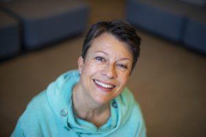 Tekstdoktor Christine Calvert er jurymedlem for NTBs språkpris. Foto: NTB